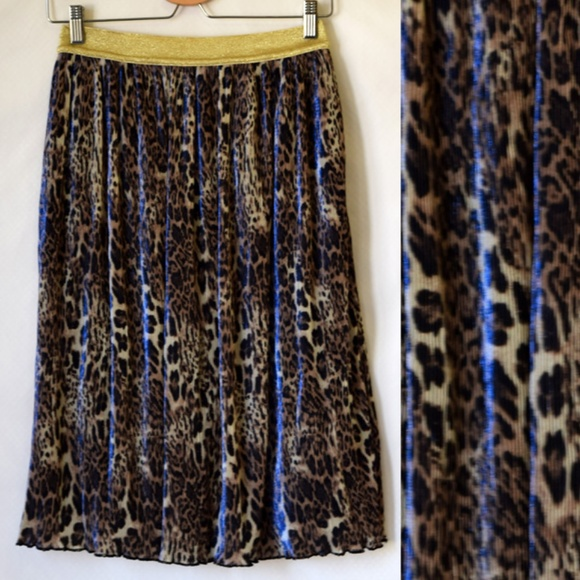 Soaked In Luxury Dresses & Skirts - NWT ASOS Soaked In Luxury Leopard Midi Skirt